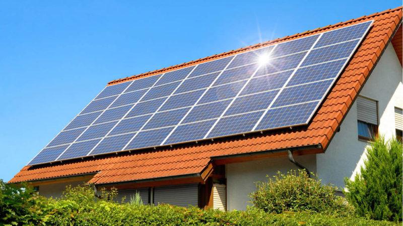 La energía solar fotovoltaica tiene cada vez más presencia en España